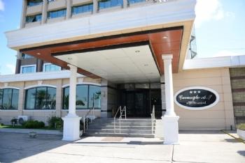 Airport Resort Hotel Hakkında